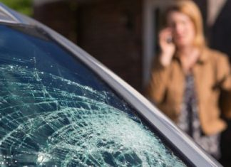 Know the Differences Between Tempered and Laminated Windshield Glass